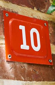 10 – deset – number ten in Serbian